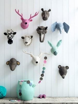 Kekke vilt dierenkoppen aan de muur lovely flavours for Muurdecoratie babykamer